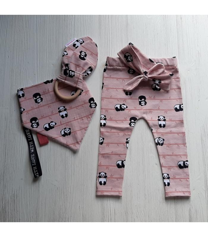 Kraamset Panda roze tricot