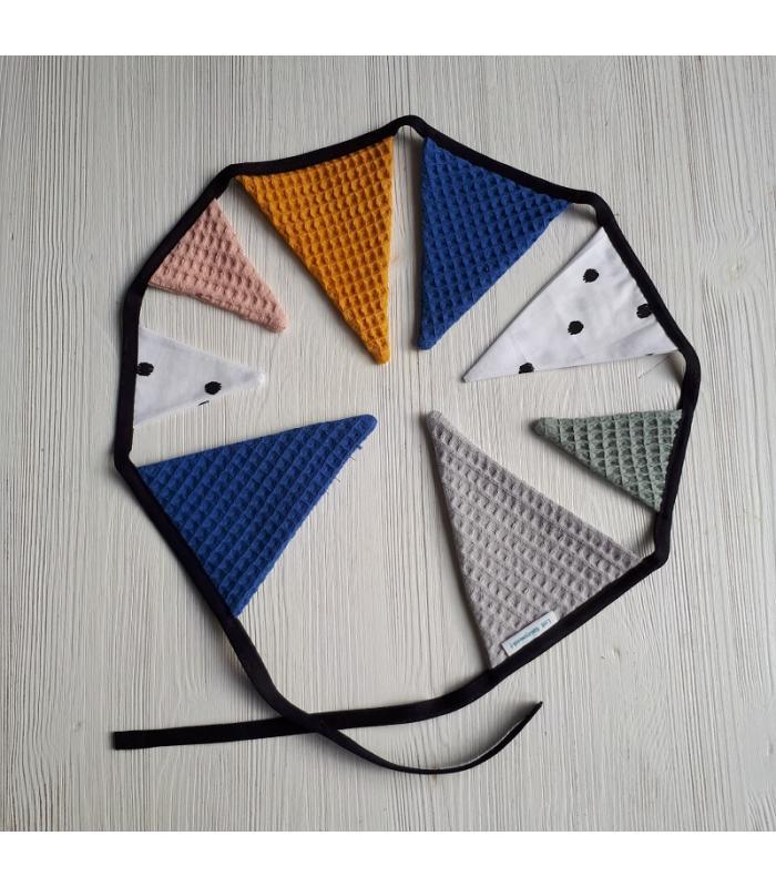 Mini vlaggetjeslijn Blauw / Oudgroen / Oudroze / Stip